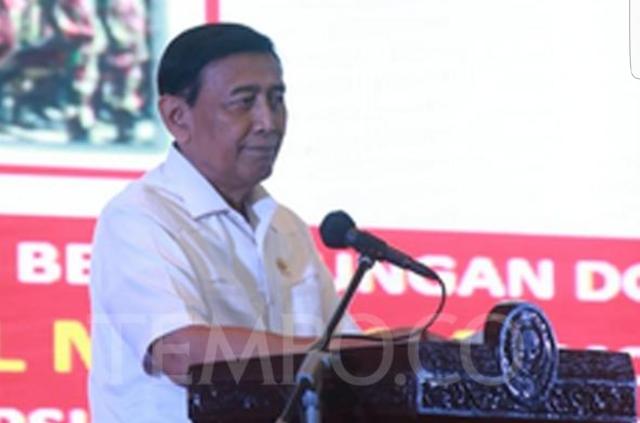 """Cegah Hoaks, Mekipolkam Wiranto :  """"Pemerintah Batasi Fitur di Media Sosial"""""""