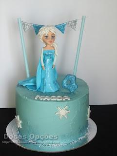A princesa Elsa no 4º aniversário da Magda