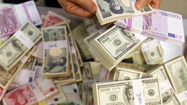 استقرار غير متوقع لسعر الدولار طوال يوم الاحد