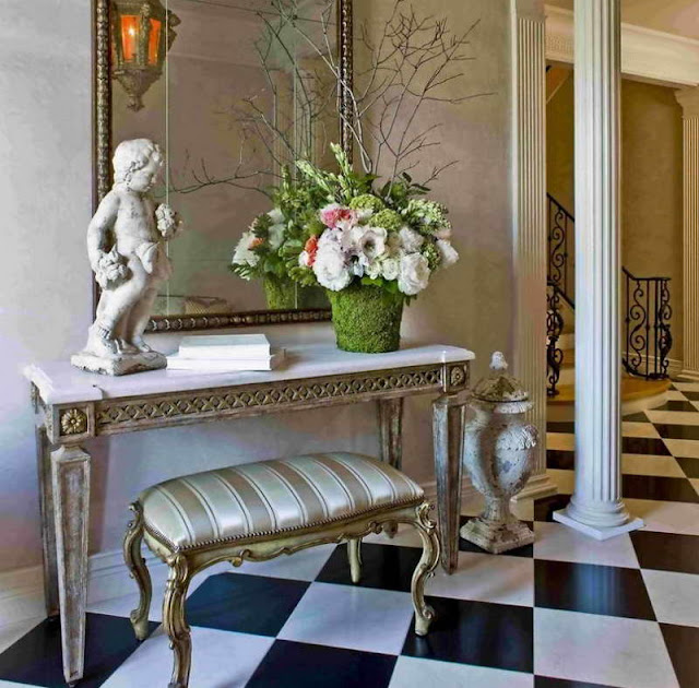 Boutique Foyer Design : Dawnsboutique how to make your home look more expensive