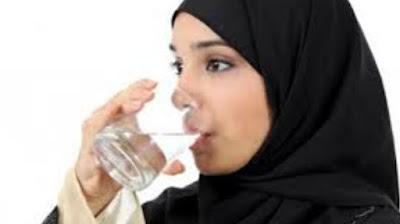 Pahami Ini! Inilah Manfaat Air Putih Bagi Kesehatan