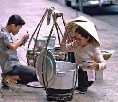 Baskets of street vendors- Never old to Hanoi 2