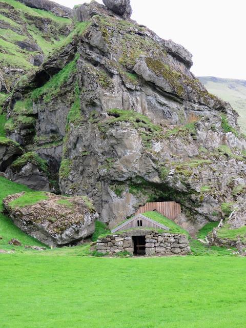 Icelandic House along the South Coast between Reykjavik and Vik