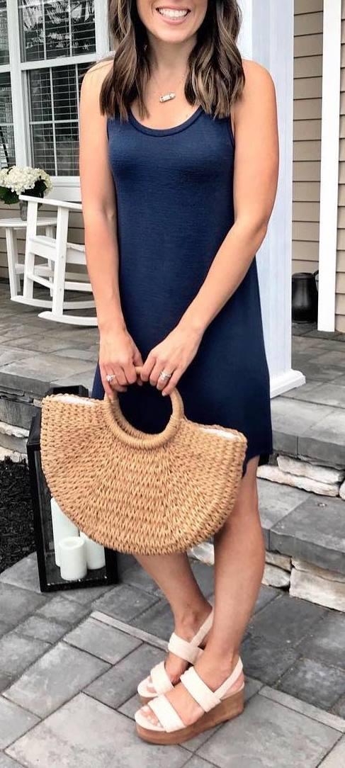 cute outfit idea / black dress + bag + sandals