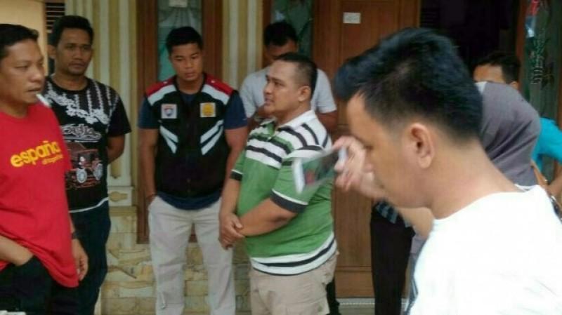 Muhammad Abdul Harsono (kaos hijau) saat ditangkap