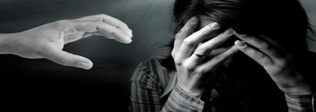 Lancarkan Nafsu Bejat pada IRT, Oknum Kades di Manggelewa Diamankan Polisi