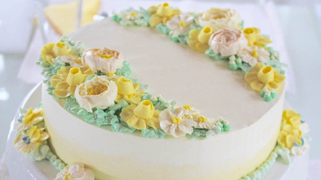 Buttercreme Blüten Motivtorte