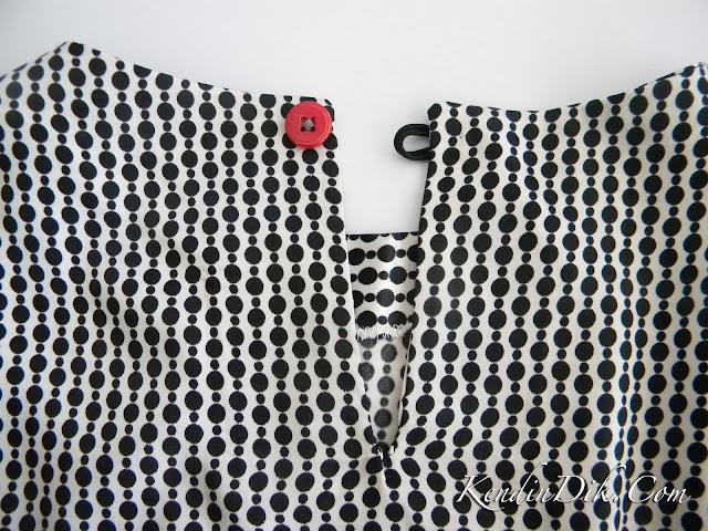 yırtmaç yaka giysi bluz moda model