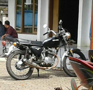 Spesifikasi dan review Honda CB100 dan 125