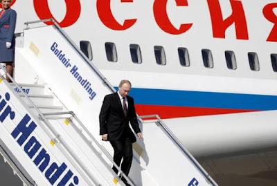 Γιατί το αεροσκάφος του Πούτιν άλλαξε πορεία πετώντας προς Αμβούργο;