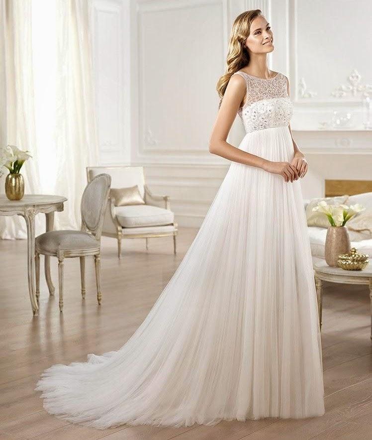 3b822a2fe4 Suknia idealna dla ciężarnych panien młodych. Model Empire wydłuża  sylwetkę
