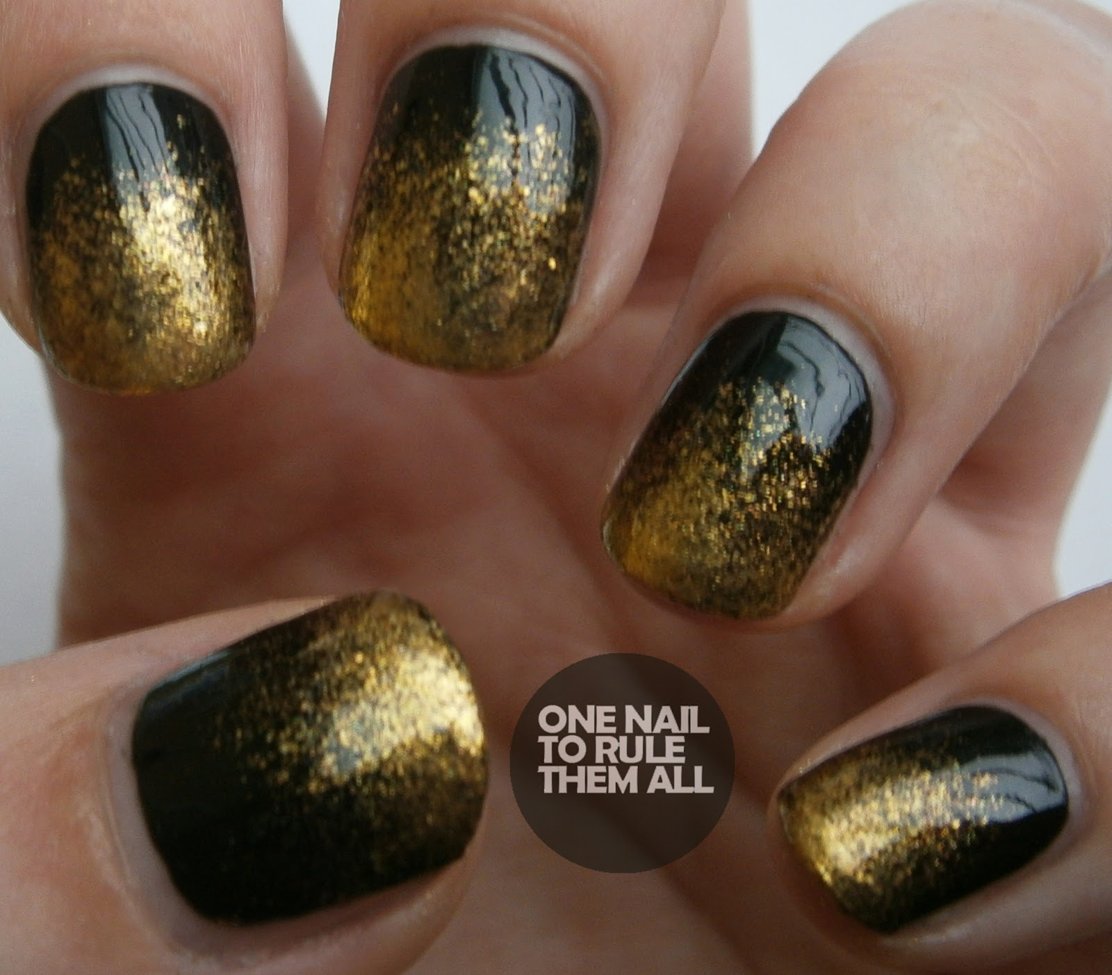 One Nail To Rule Them All Glitter Gradients 2