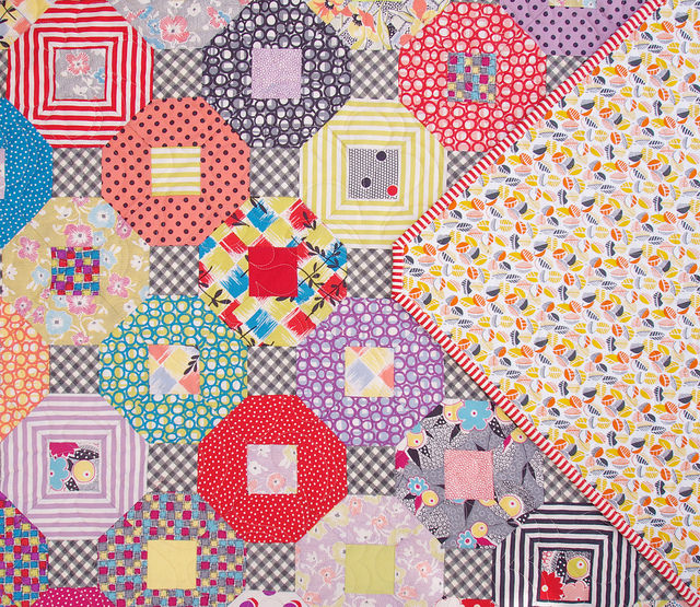 Gardenvale Kansas Dugout Quilt - A Finished Quilt - backing fabric | Red Pepper Quilts 2015