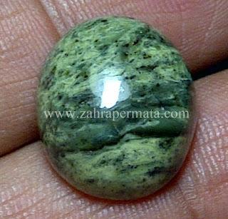 Batu Permata Green Borneo - ZP 534