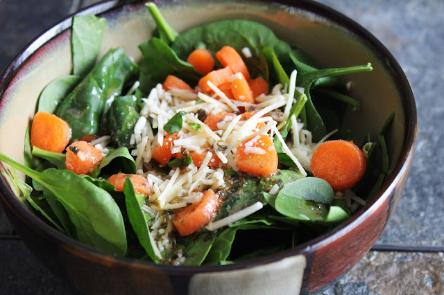 side salad with herb vinaigrette dressing, spinach, parmesan, carrots
