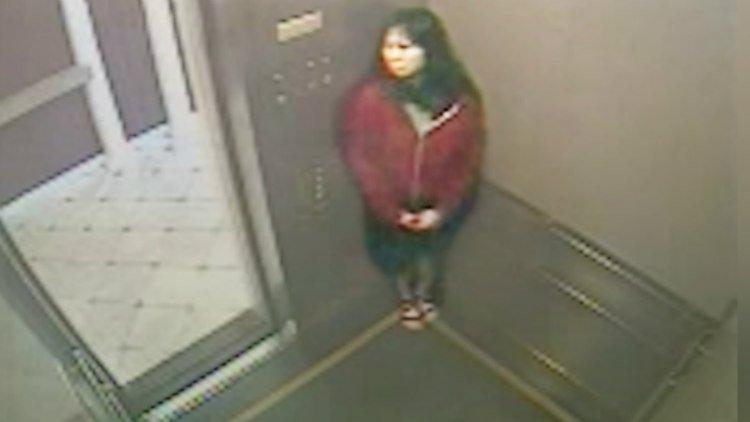 Portal Curió  O vídeo mostra a mulher falando com alguém invisível ... 9ad4be8e6d2