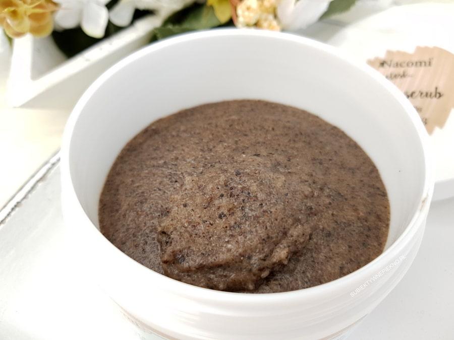 REFRESHING ICED COFFEE BODY SCRUB Nacomi - peeling do ciała mrożona kawa opinie
