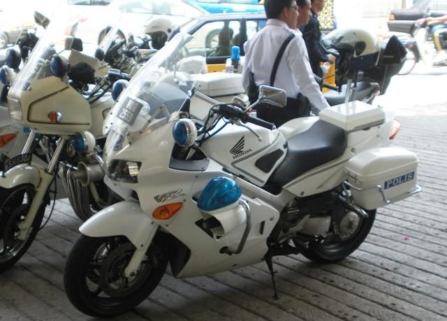 royal malaysian police traffic bikes   kakimoto