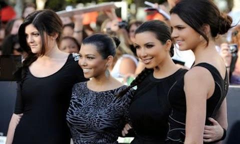 kimberly kardashian se defiende de sus criticos