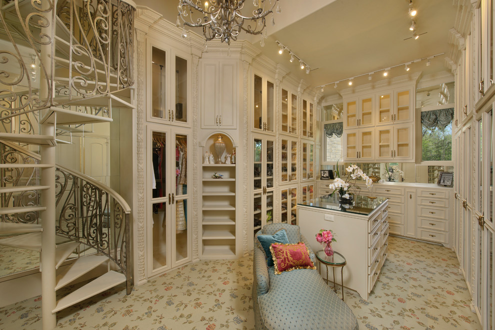 Dream closets with stairs