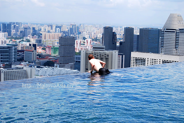 Photo of Marina Bay Sands Infinity Pool