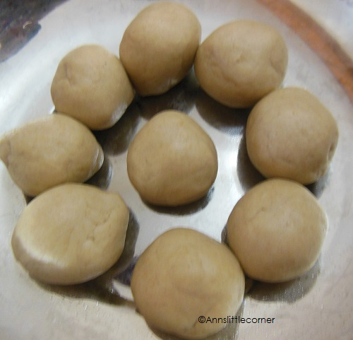 How to make Soft Poori step-5