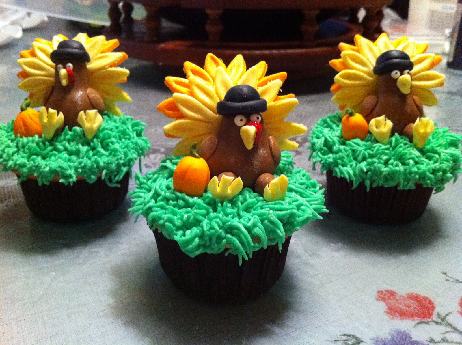 Love Dem Goodies: Fondant Turkey Cupcakes surrounded by ...  Love Dem Goodie...