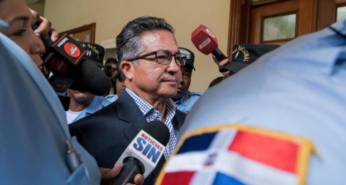 Interrogarán mañana al exsecretario de las FFAA Rafael Peña Antonio por caso Super Tucano