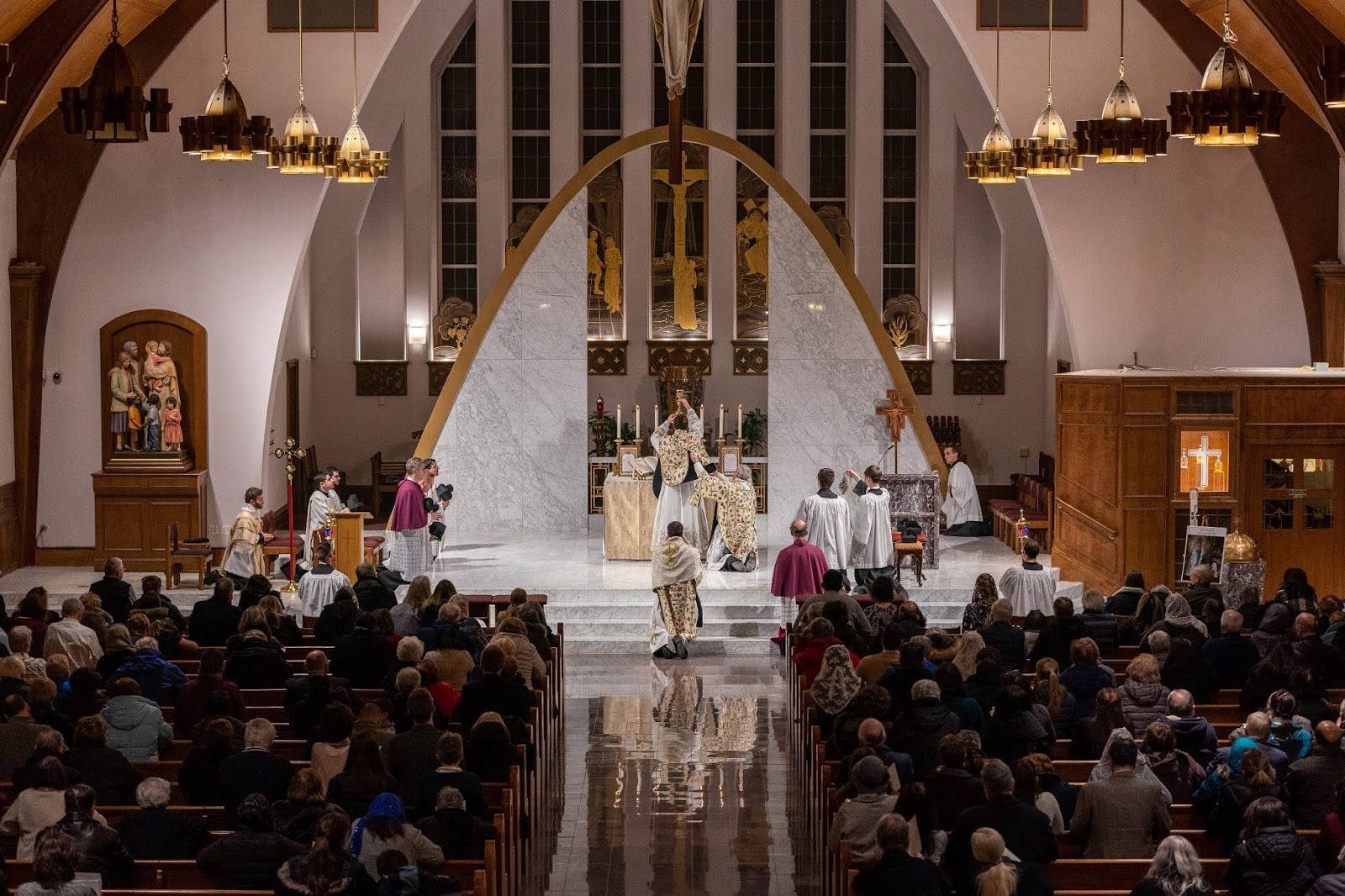 New Liturgical Movement: The TLM Returns to a New York Parish