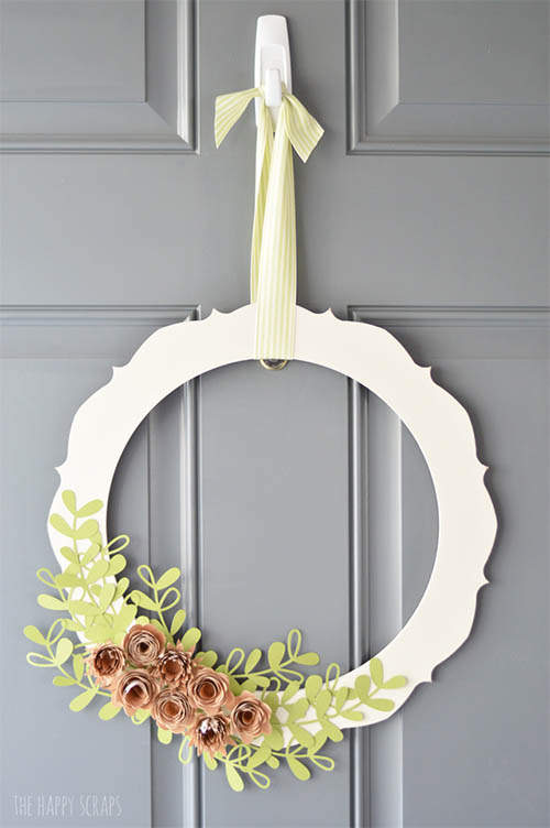The Happy Scraps - Rolled Wood Flower Wreath