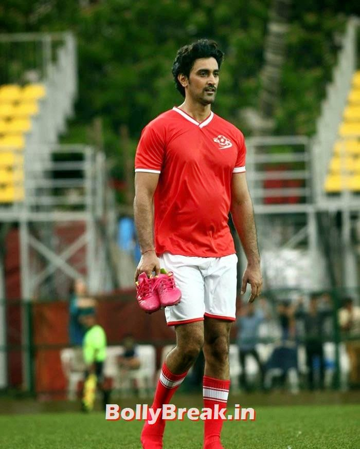 Kunal Kapoor, Bollywood Celebs play football match for Aamir khan's daughter Ira Khan