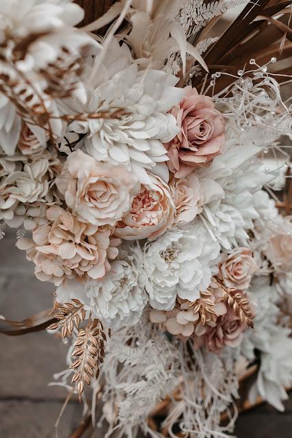 sundown film & photography brisbane bridal gown designer florals venue cake styling