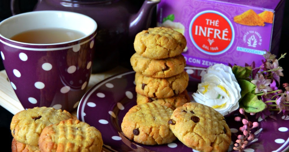 Dolci Da Credenza Biscotti Alle Nocciole : Dolci a go biscotti al burro di arachidi e gocce cioccolato