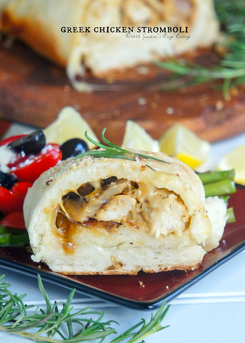 Homemade and easy recipe for Greek Chicken Stromboli