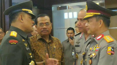 Secara Implisit, Panglima TNI Menyangkal Penilaian Makar Kapolri