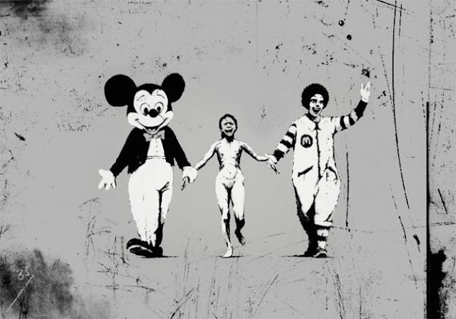謎のアーティスト?バンクシーの現代を風刺する落書きアート【art】 ディズニーとマクドナルド
