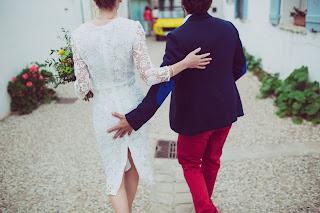 Foto comprometida de los novios