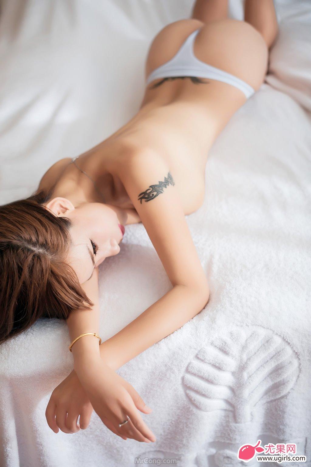 Image MrCong.com-UGIRLS-020-Tian-Yi-Yi-024 in post Người đẹp Tian Yi Yi (田依依) khoe ngực trần sexy trong bộ ảnh UGIRLS 020