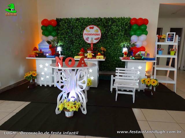 Decoração de festa infantil Piquenique - aniversário - Provençal simples com muro inglês