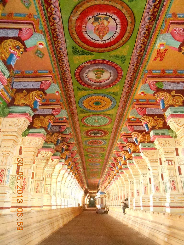 Corridor of 1000 pillars at Ramanathaswamy Temple, Rameshwaram