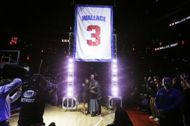 Maillot retirés des Detroit Pistons par PistonsFr en France