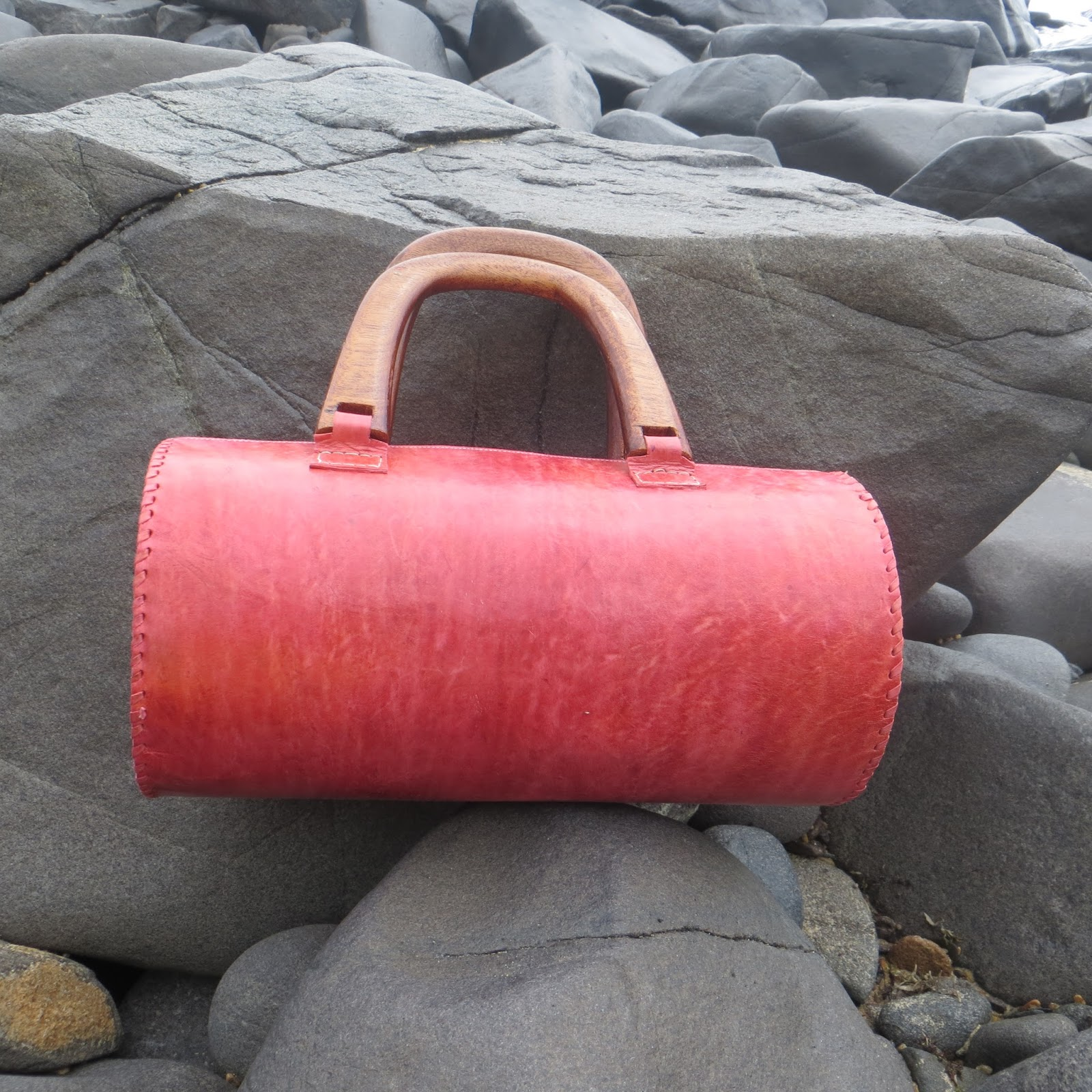 Round Lorma Handbag