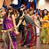 अगर नवरात्री में दिखना है सबसे अलग तो ट्राई करें ये ट्रेडिशनल ड्रेस