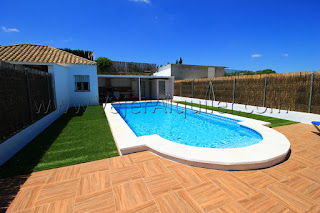 https://www.vejeralquiler.com/casa-rural-arivalde-piscina-la-muela-vejer-cadiz