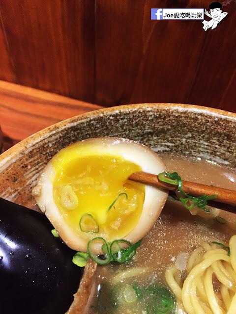 IMG 8631 - 【台中美食】火曜拉麵 漢口路上充滿日式風味的平價拉麵 | 日式拉麵 | 火曜拉麵 | 和歌山拉麵| 豚骨拉麵| 味噌拉麵 | 台中美食 |