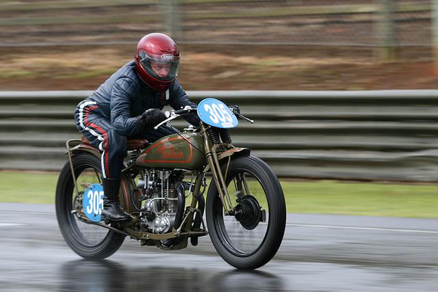 Fast Is Fast Pea Shooter Harleys: Musings Of A Motorcycle Aficionado........: Harley