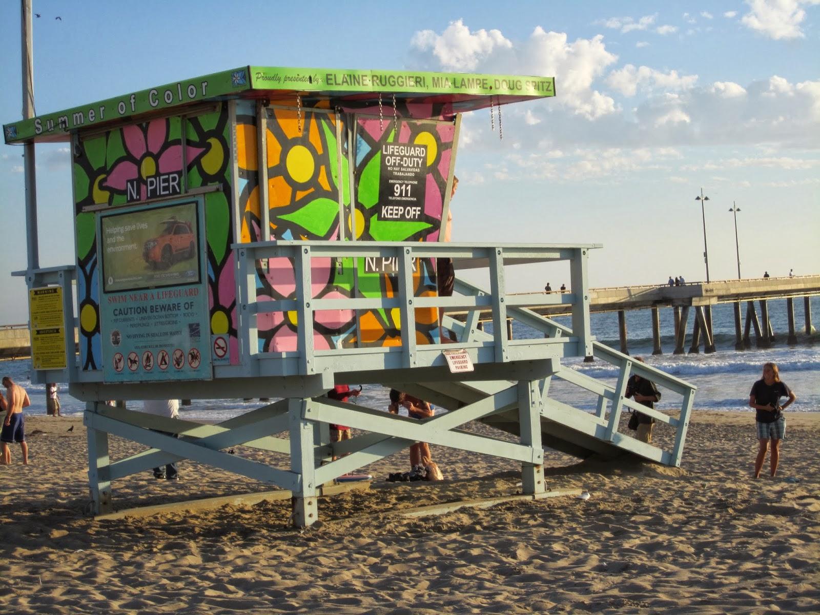 LIfe guard stand california beach, colorful