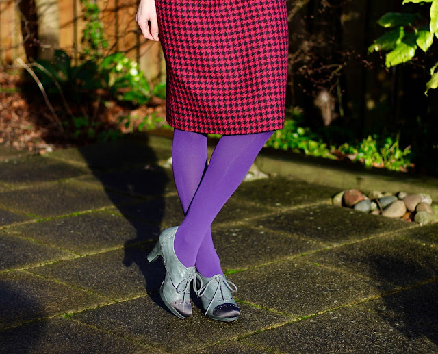 Fake Fabulous | Vintage pencil skirt, purple tights.