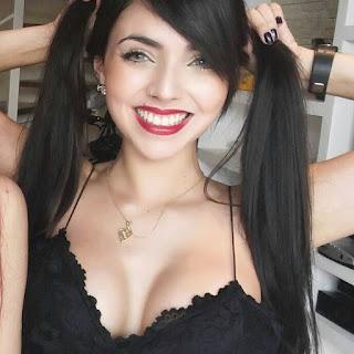 Nyvi Estephan