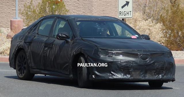 2018 Toyota Camry Spy 02 100916 1 -  - Toyota Camry 2018 bị bắt gặp trên đường thử tại Mỹ